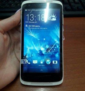 Смартфон HTC Desire 526G Dual Sim белый/синий