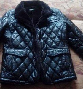 Мужская куртка L (50)