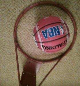 Кольцо с мячом
