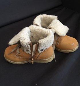 Продаю ботинки детские зимние б/у
