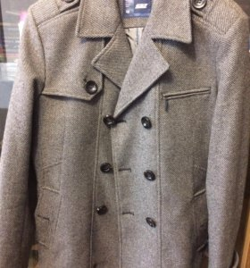 Пальто мужское фирмы Saz