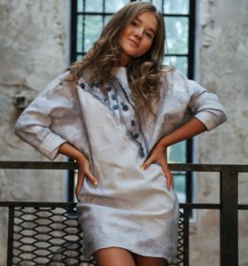 Шерстяное валяное платье туника