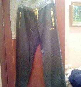 Большие  62-64 размер ,спортивные брюки!!