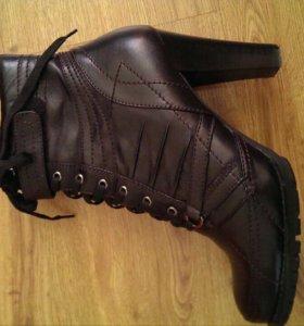 Новые ботинки демисезонные
