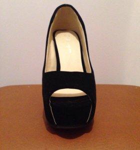 Новые туфли 34 р-р