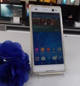 Смартфон Sony Xperia C3 DS (D2502)