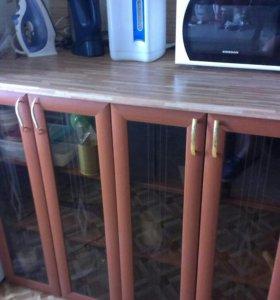 Кухонный шкаф напольный.