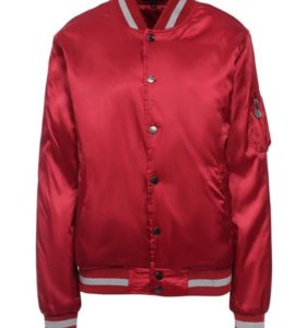 Куртка -бомбер