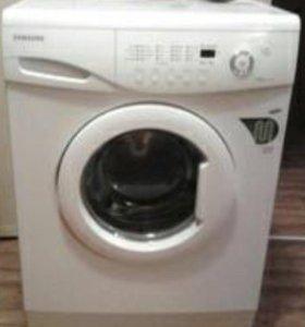 Машинка стиральная автомат Samsung WF S1061