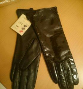 Перчатки натуральная кожа ( новые)