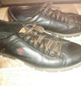Туфли мужские осенние кожаные 42р бу
