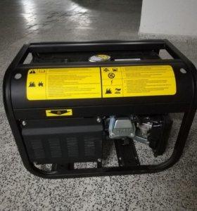 Бензиновый генератор Firman 3800