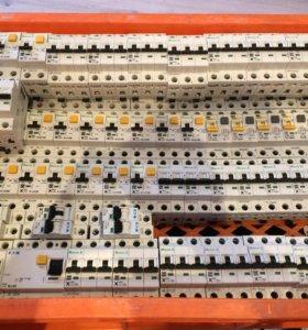 Автоматические выключатели Moeler б/у