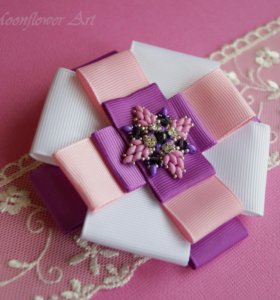 Брошь - орден Lilac miracle