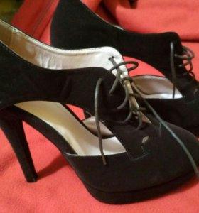 Новые туфли 40 размер