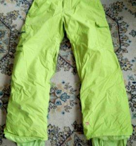 Штаны для катания на сноуборде