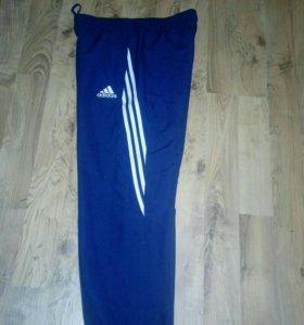 Продам новые брюки оригинал adidas 52.54