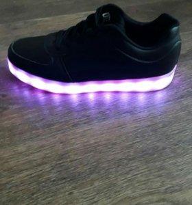 Кросовки с подсветкой