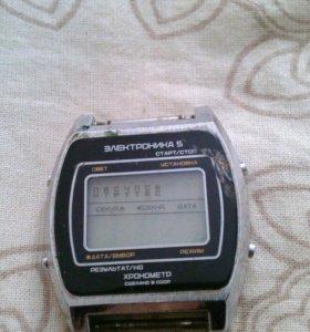 Электронные часы электроника 5.