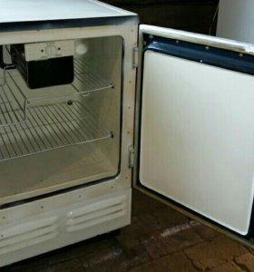 Небольшой холодильник б/у Саратов (0)
