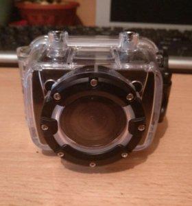 Продам экшен камеру.