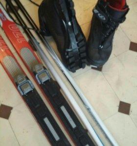 Лыжи+лыжные палки+ботинки