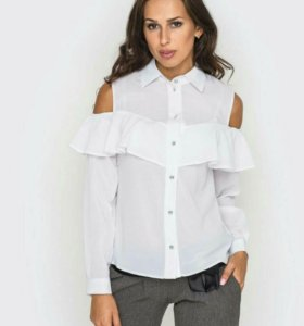 Продам блузку новую 48 размер