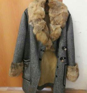 Пальто зимнее новое р.S