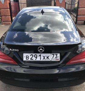 Mercedes Бенз ЦЛА-200