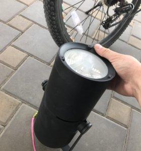 Прожектор max 70w