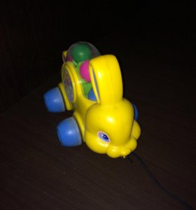 Заяц на колесиках