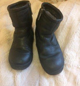 Ботинки зимние размер 29