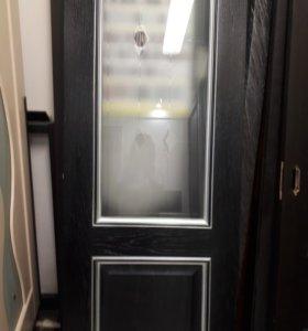 Дверь с витрины