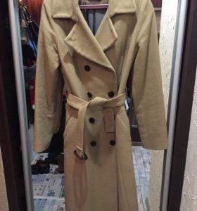 Пальто очень тёплое