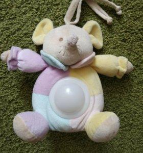 Ночник-светильник и музыкальная игрушка Chicco