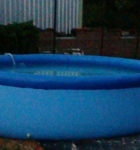 Бассейн с надувным кругом и фильтром