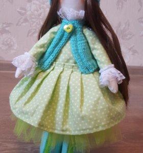 Кукла-большеножка