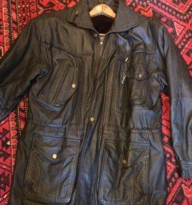 Куртка  осень  зима.