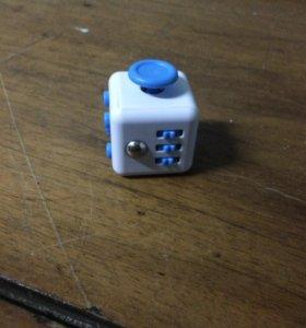 Фиджет кубик