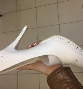Туфли женские(для свадьбы)