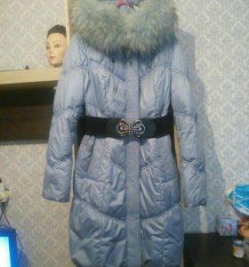Продаю зимний пуховик