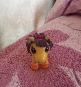 Маленькая лошадка игрушка для детей
