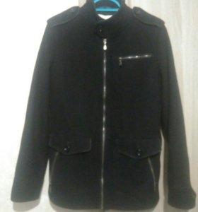 Пальто мужское ( новое)46-48 размер