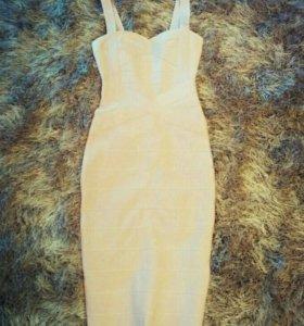 Платье бандажное новое