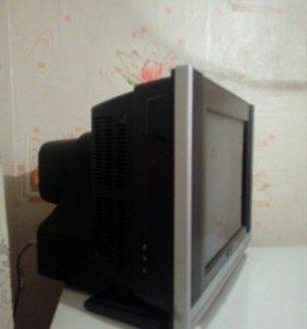 Телевизор Polar, цветной ( возможен торг)