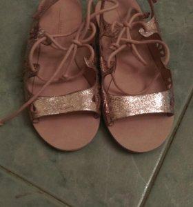 Новые туфли, сандали, босоножки Zara