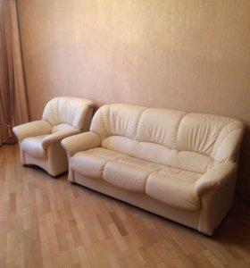 Раскладной диван и кресло