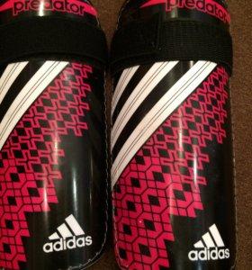 Щитки для футбола adidas predator (Original)