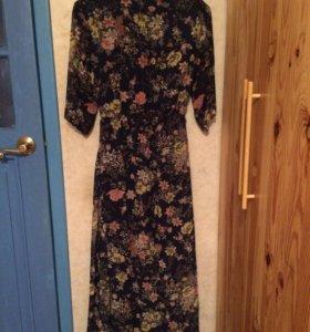 Платье с цветочным принтом в пол