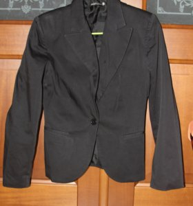 Черный укороченный пиджак